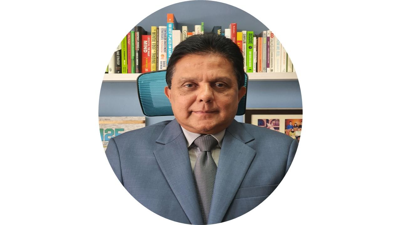 Dato Dr. Quaza  Nizammuddin Hasan Nizam (VAM)